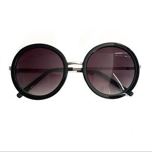 Nordstrom Black Round Sunglasses